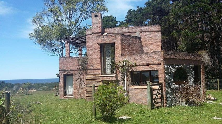 Casa del Valle de la Luna - Santa Isabel - Rumah