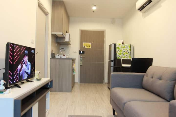 (A2)COZY ROOM *5 mins walk from MRT Taopoon*