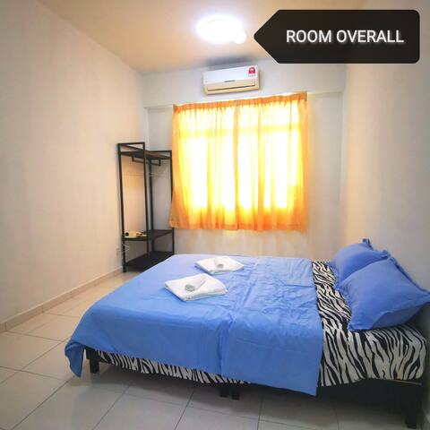 MASTER ROOM with Private Bathroom Tampoi Area