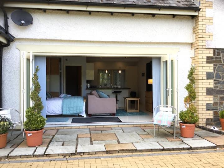 Plas Y Dderwen Studio Aberystwyth
