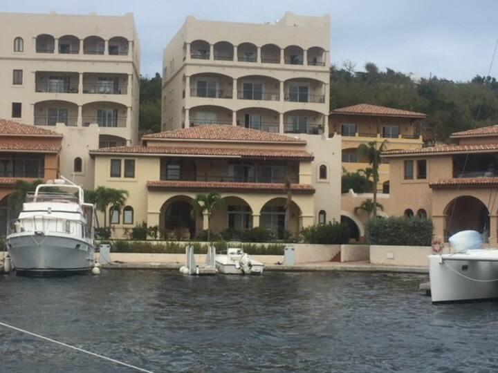 Marina Porto  beautiful 2 bedroom condominium