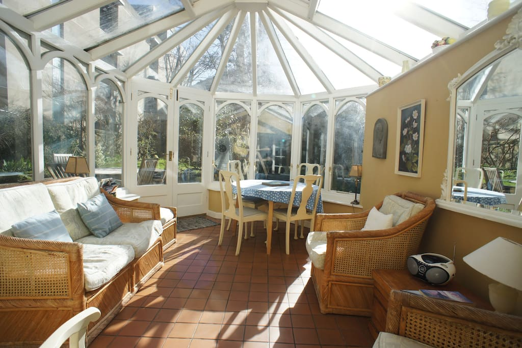South facing sunny conservatory, leading to a large fully enclosed mature garden