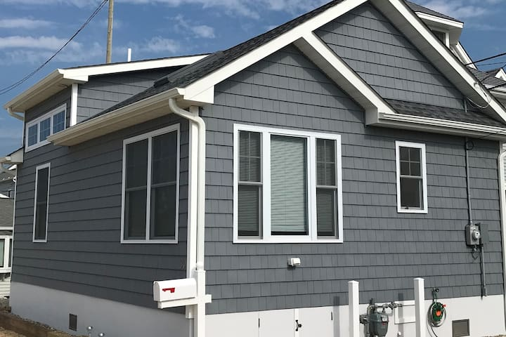 BRAND NEW Ocean Block Lavallette Cottage