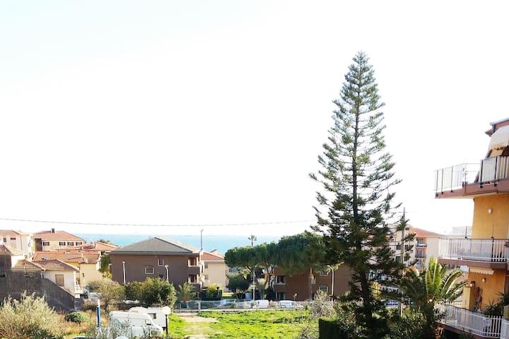 2 minuti a piedi dalla pista ciclabile - Riva Ligure - Huoneisto