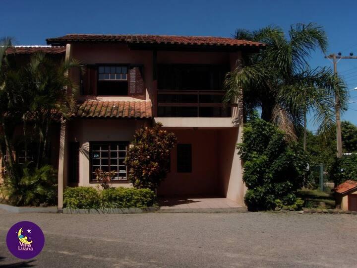 Ferrugem Residencial Villa Luana Casa 3