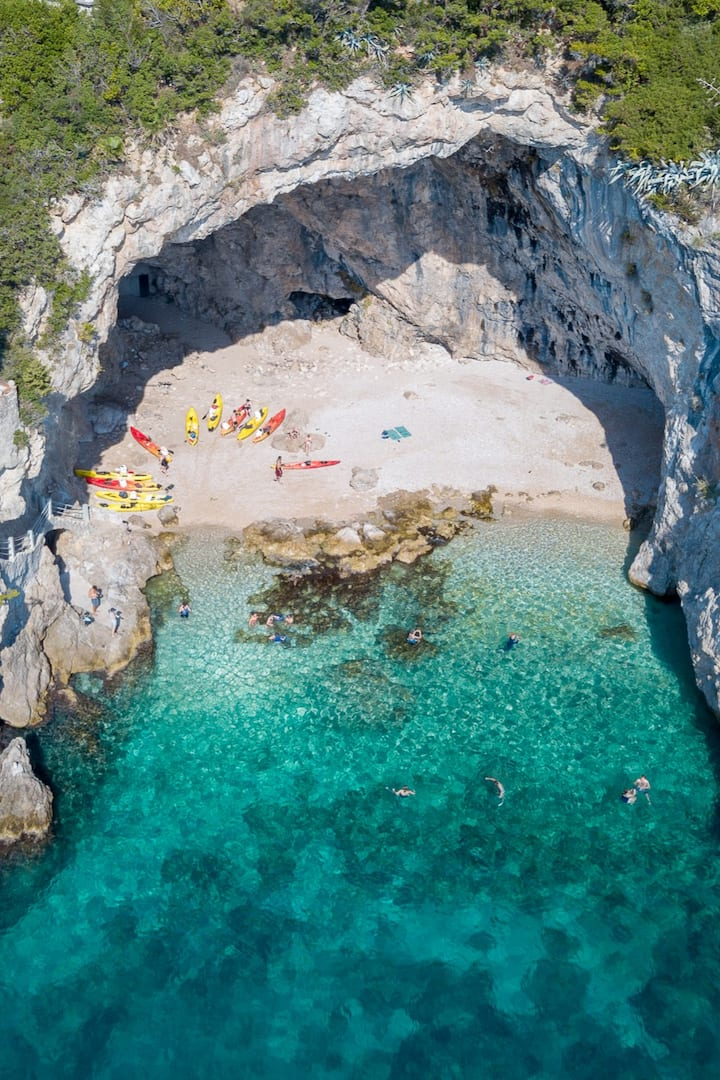 Birds-eye view of the kayaks & cave