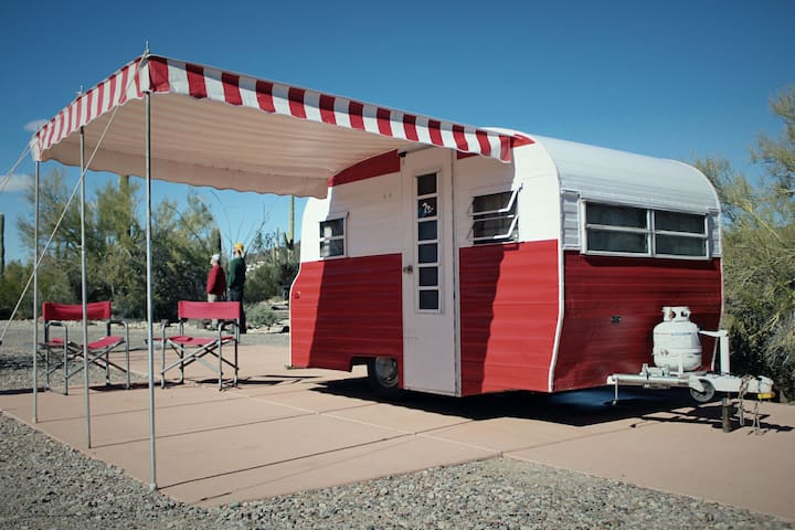 Classic 69' Grand Canyon Escape! - Grand Canyon Village - Camper