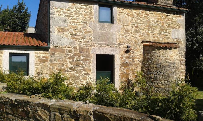 Casa rustica con jardín y barbacoa cerca ponteceso - Cores - House