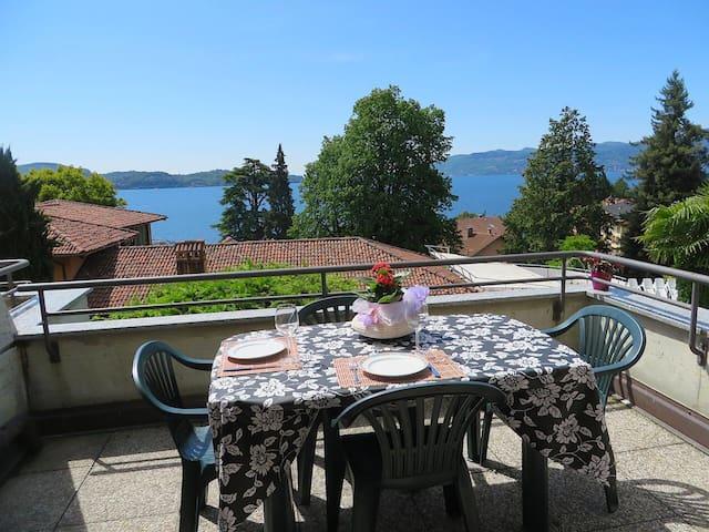Bellissima Casa vacanze vista lago - Ghiffa - Apartament