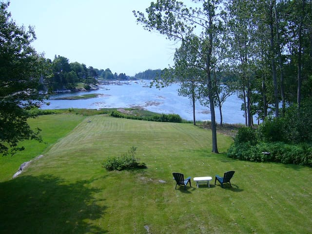 Cozy Harbor Cottage--Southport Island Maine - Southport - 통나무집