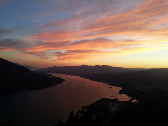 Beautiful Columbia River Gorge from Wind Mtn. (Carson below)