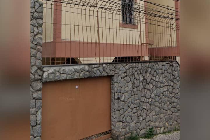 Apartamento inteiro área hospitalar 10 min Centro