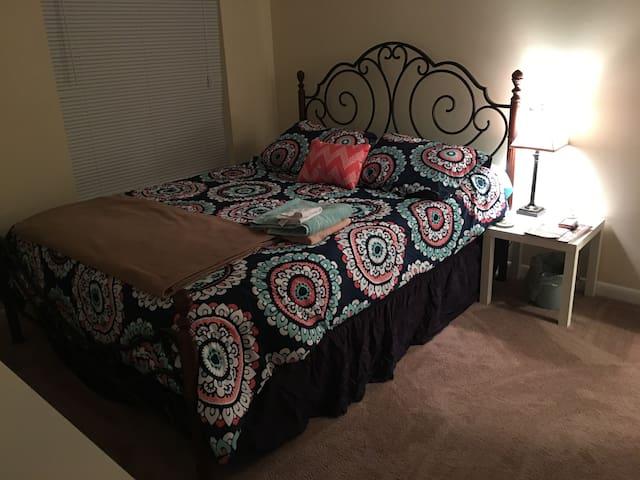Comfortable room - North Charleston - Huoneisto