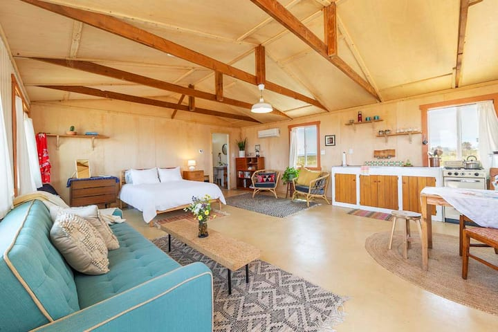 Little Lorraine Homestead on 5 acres