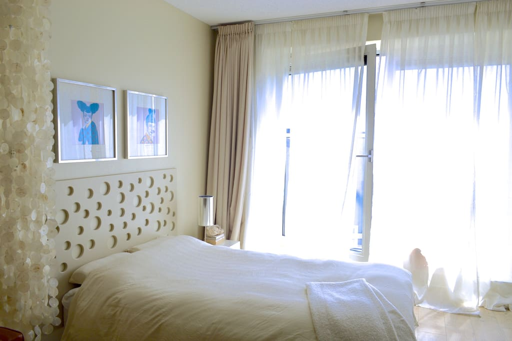 Sleeping area includes a comfortable bed of 100 x 200 cm & fresh bed linen