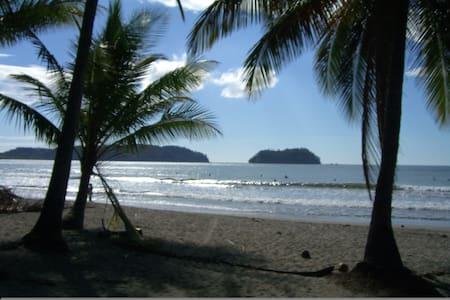Carla's Condo, Classy Elegance & a Beautiful Beach - Guanacaste Province - Wohnung