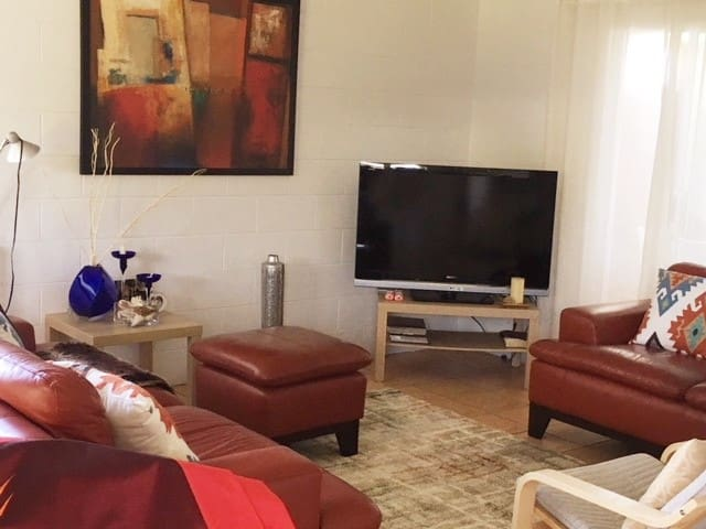 Maroochydore 3 bed family friendly house.