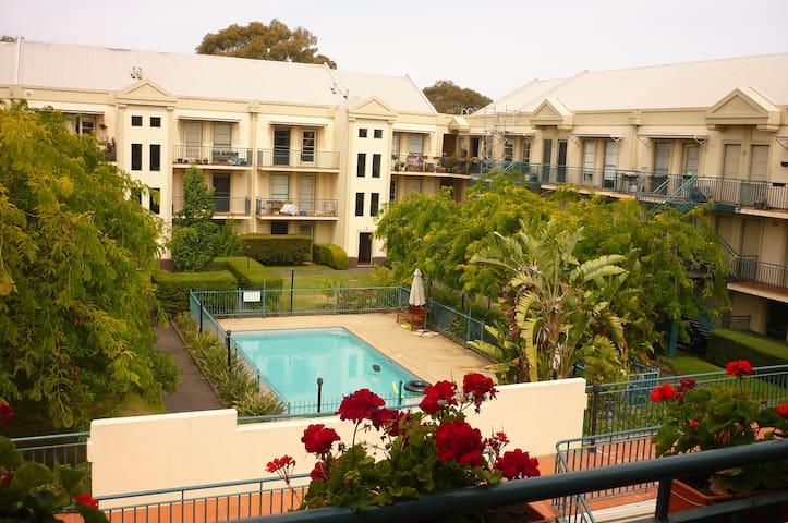 Nicholson garden oasis
