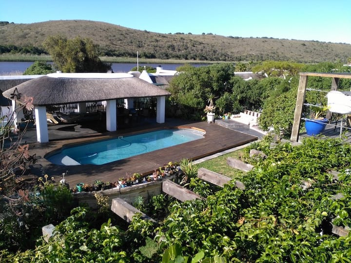 Exceptional holiday house on the Breede River