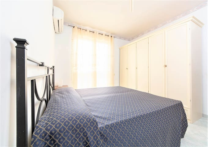 Bedroom ⁐ SUNNY APARTMENT ⁐ w/Terrace ⁐ Private Beach!