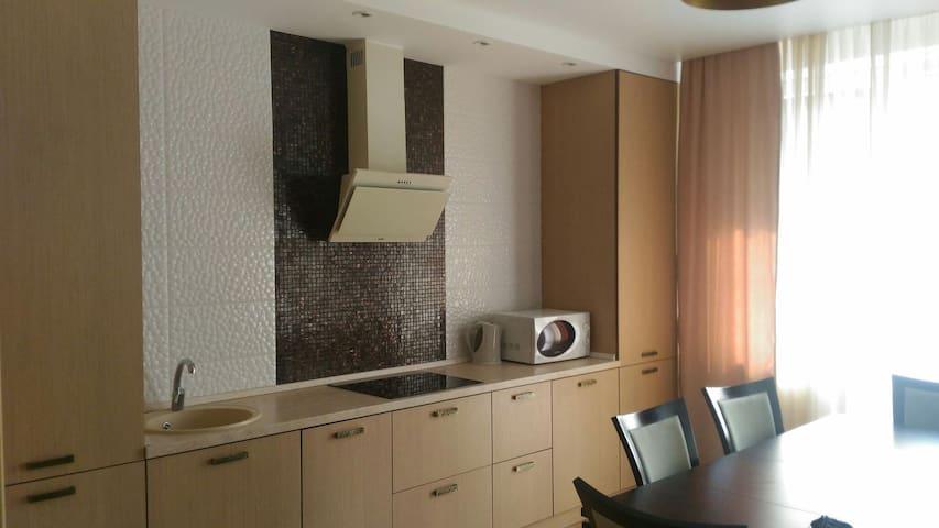 Уютная квартира в курортной зоне - Светлогорск - Apartemen