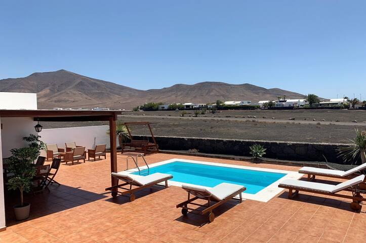 Villa La Granja Heated