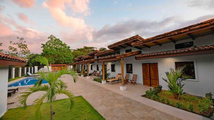 Villa Sofía New private boutique retreat w/Pool