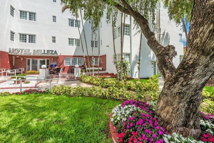 209 DDS · Belleza South Beach Double Deluxe Suite Sleeps 4