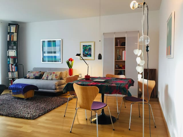 Modern studio apartment Winterhude near Kampnagel
