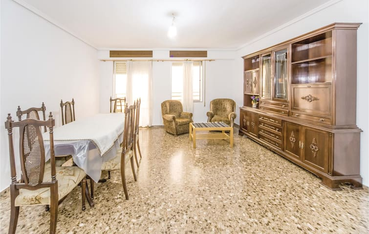 Holiday apartment with 4 bedrooms on 130m² in Sagunto