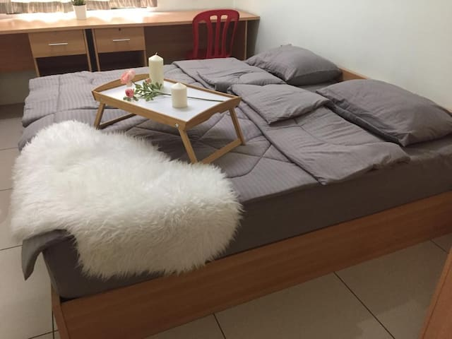 Melaka 4-6pax rooms (wifi) near Zoo safari