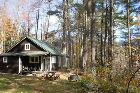 Mink Hollow Cottage very comfy wilderness retreat