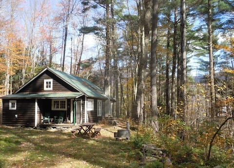 Mink Hollow Cottage very comfy wilderness retreat