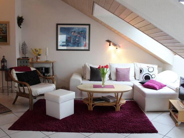 Ferienwohnung Seeoase, (Radolfzell-Markelfingen), Ferienwohnung Seeoase, 61qm, 1 Schlafzimmer, max. 3 Personen