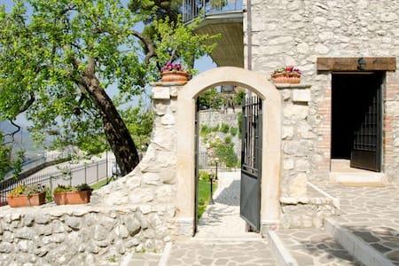 Il Vicolo - Castelnuovo Parano - Byt