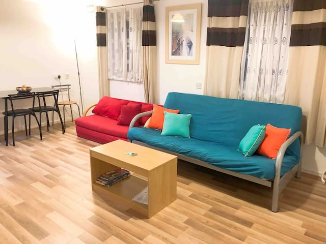 Entire 1 Bed Flat Plymouth City Centre