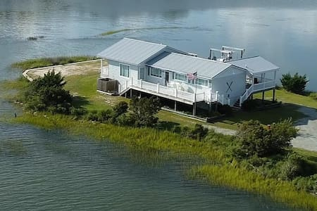 The Pointe - with Dock and Boat Lift