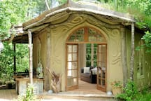 "The Woodland Cabin ""Elvensong"""