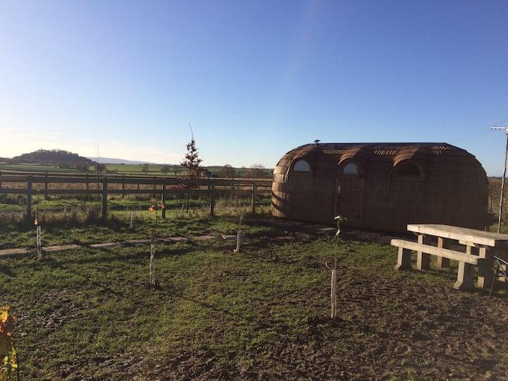 Nash End Farm Hideaway - Hare