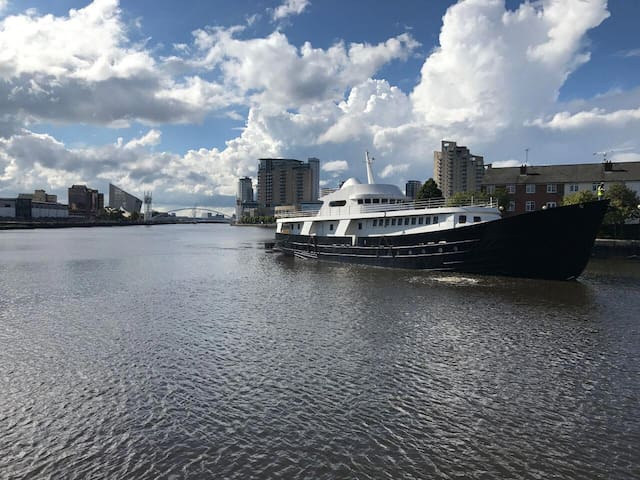 130ft Classic Yacht moored close to Media City