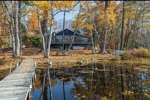Waterfront house on snowmobile trail &Shawnee Peak