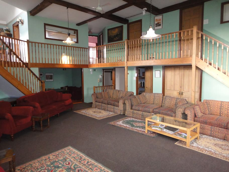 The Spacious 1st Floor lounge