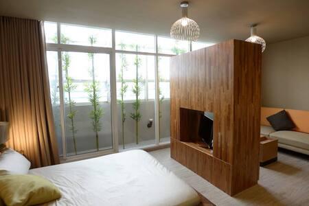 主題風格 高雄六合夜市 有特色的主題式房間,七種不同的類型,歡迎來體驗 - 高雄 - Appartement