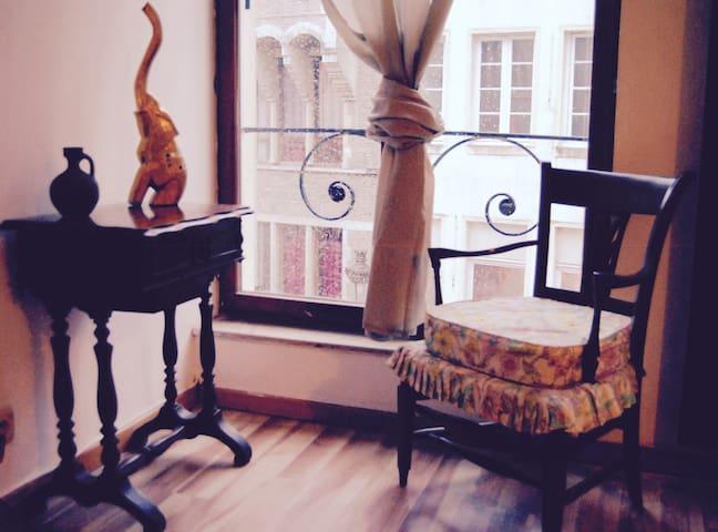 Comfortable flat  in Grand Place - Bruxelles - Leilighet