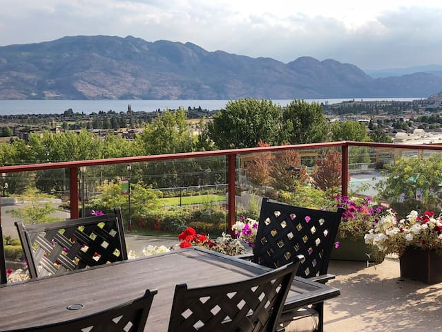 Copper Sky - Your Okanagan Vacation Destination!