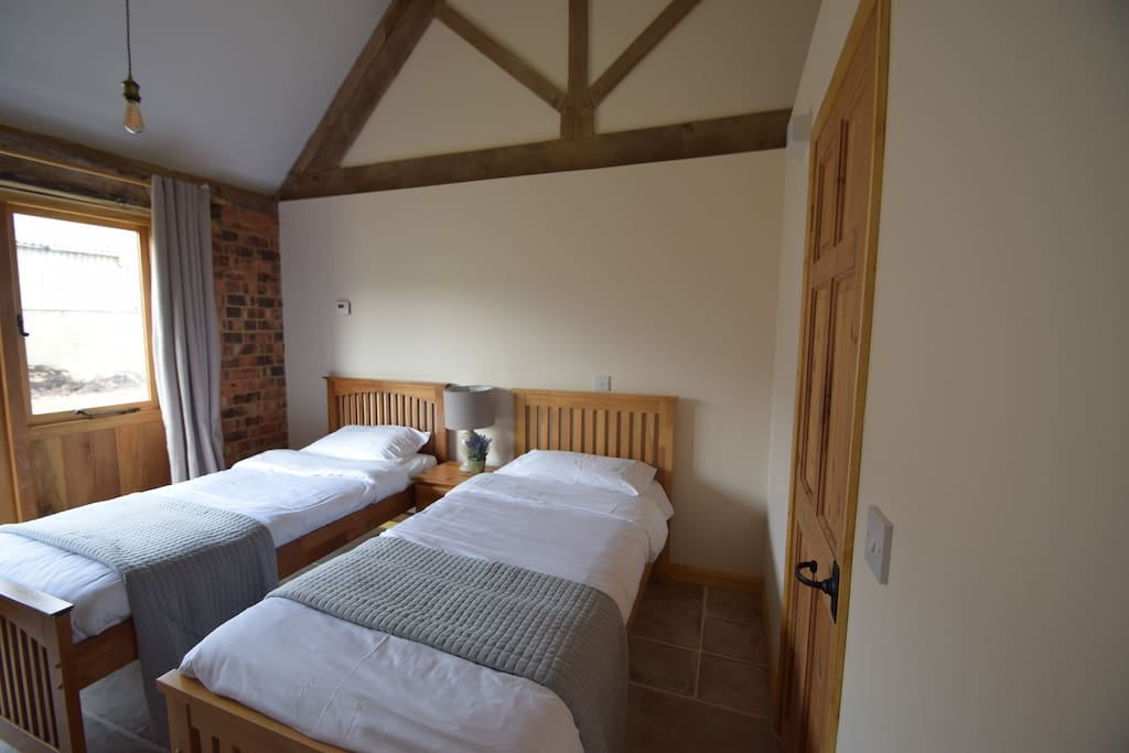 Bed Cottage To Rent Cotswolds