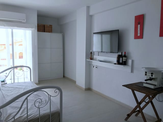Greenwich port apartmen Altea Campomanes