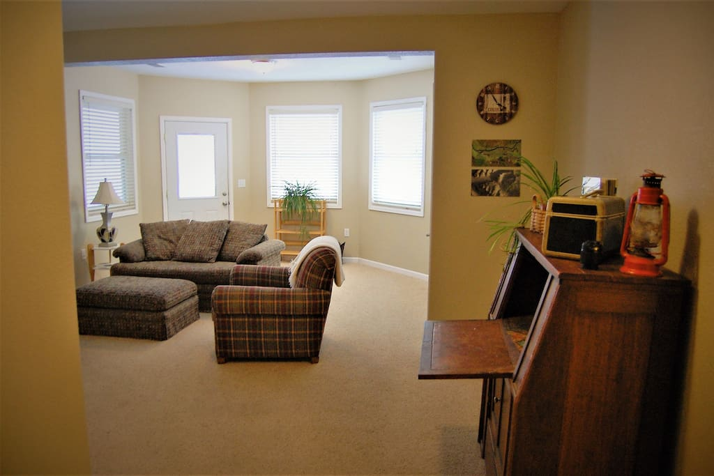 Quiet Apartment On Farm Near Boulder And Erie Serviced Apartments For Rent In Longmont