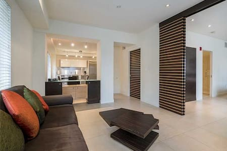 South Beach Miami Luxury Condo on Ocean Drive