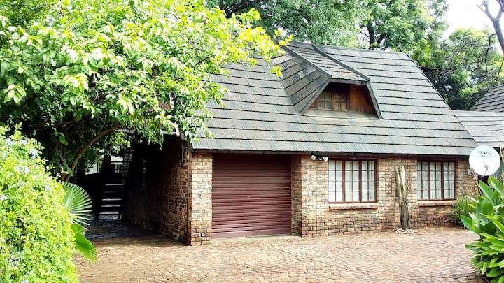 Gan Eden Guest Cottage
